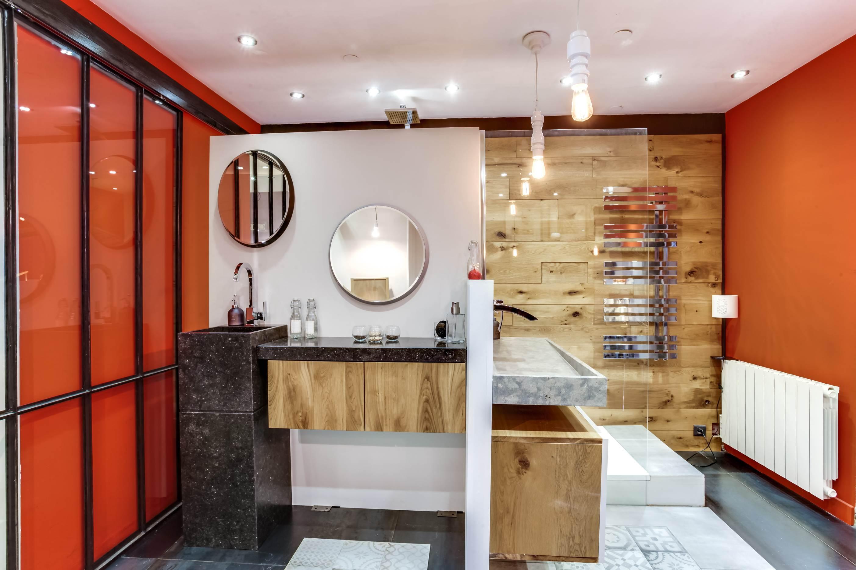 showroom salle de bain lyon stunning elegant with show. Black Bedroom Furniture Sets. Home Design Ideas